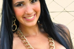 Priscila Alves-page-001